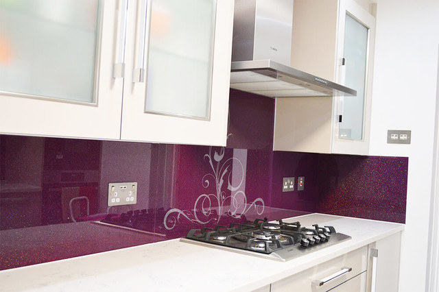Stencil Per Cucina Moderna.Aubergine Custom Stencil Design With Rainbow Sparkle Glass