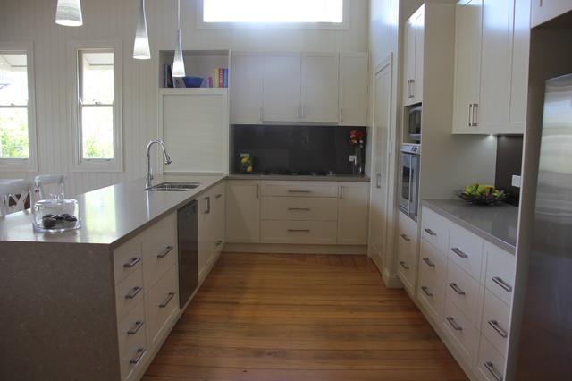 Auchenflower queenslander kitchen traditional kitchen for Queenslander kitchen ideas
