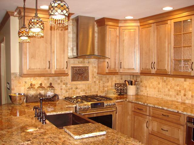 Aurora Kitchen traditional-kitchen