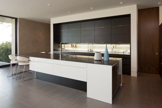 Austin Skyline | Arete Kitchens, LEICHT - Modern - Kitchen - Austin ...