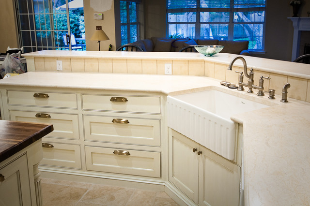 Avery Ranch traditional-kitchen