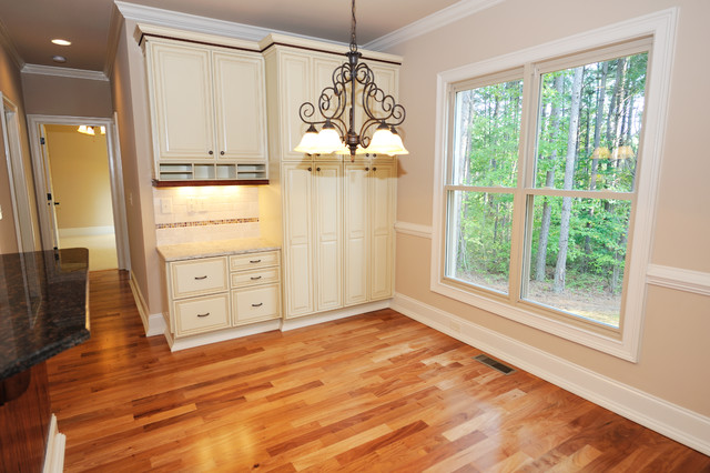 Avonbrook traditional kitchen raleigh by collins for Collins design build