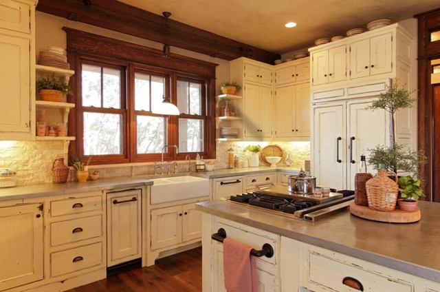 Award-Winning Custom Home in The Hollows traditional-kitchen