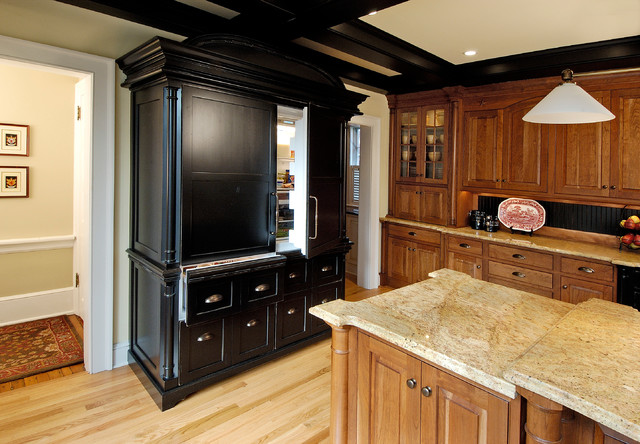 Award Winning Historic Colonial Revival Kitchen and Family Room, Main Line traditional-kitchen