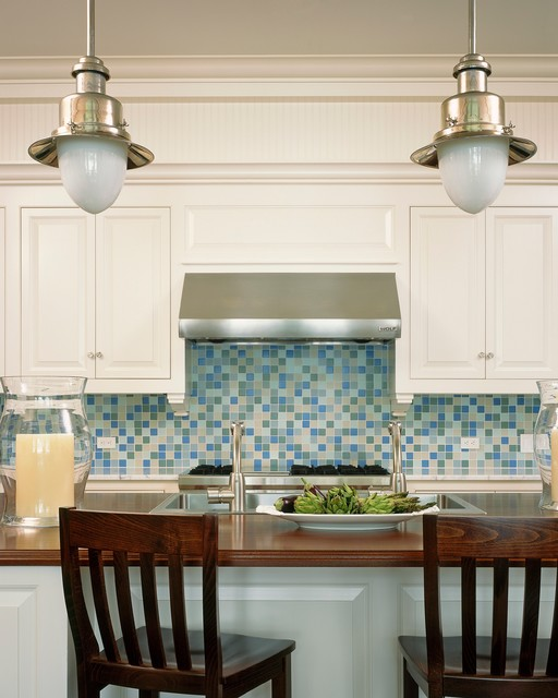 Awarded Top 50 American Homes by TRENDS traditional-kitchen