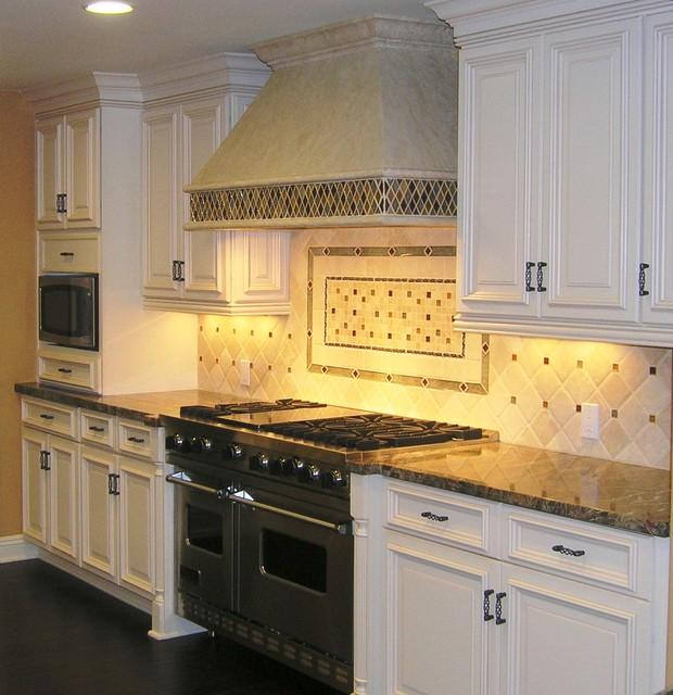 Eclectic Kitchens: Back Splash Design
