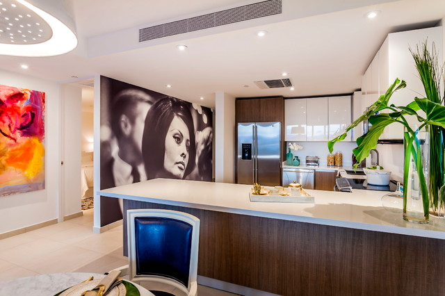 Bahia plaza at paseo caribe by aaron stewart homes contemporary kitchen