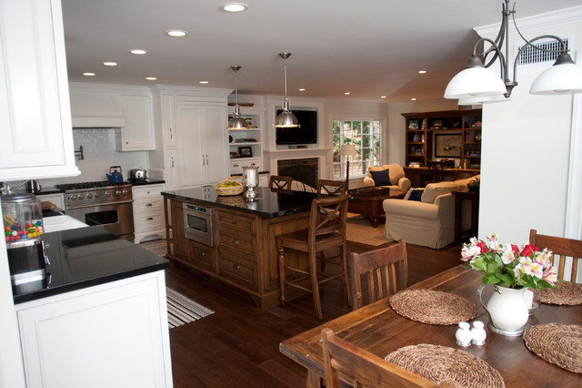 Bailey traditional-kitchen