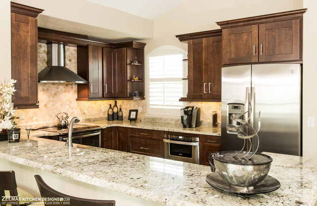 Bailey Waypoint Zelmar Home Remodel Traditional Kitchen Orlando By Zelmar Kitchen