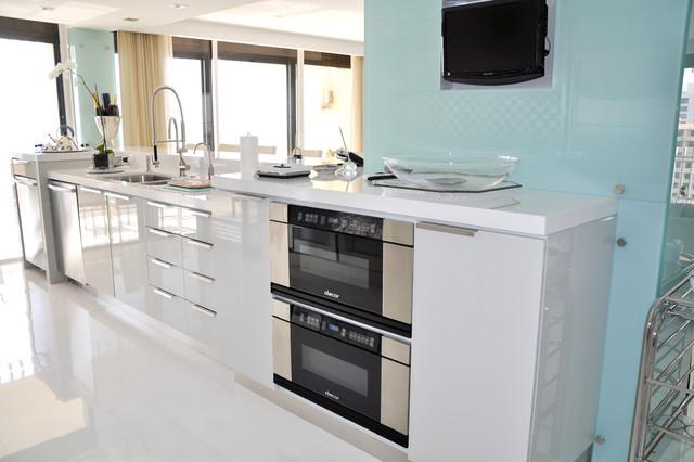 KENILWORTH in Bal Harbour - APT B contemporary-kitchen