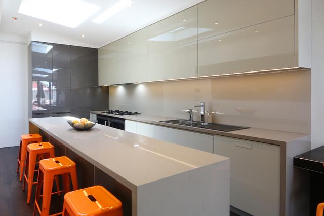Balaclava - Contemporary - Kitchen - melbourne - by Melbourne Contemporary Kitchens