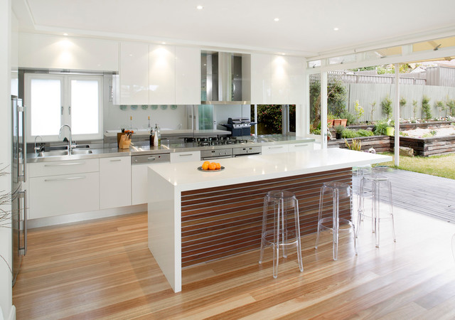 Balgowlah midcentury kitchen sydney by collaroy for Kitchen with centre island
