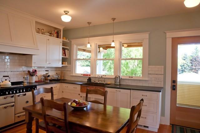 Ballard Farmhouse Traditional Kitchen Seattle By Seattle Custom Cabinets