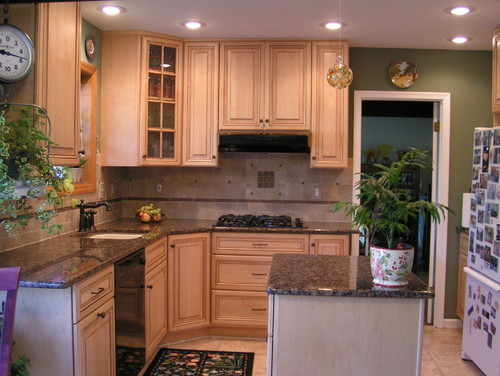 Baltic Brown Granite Kitchen Countertop Design Ideas