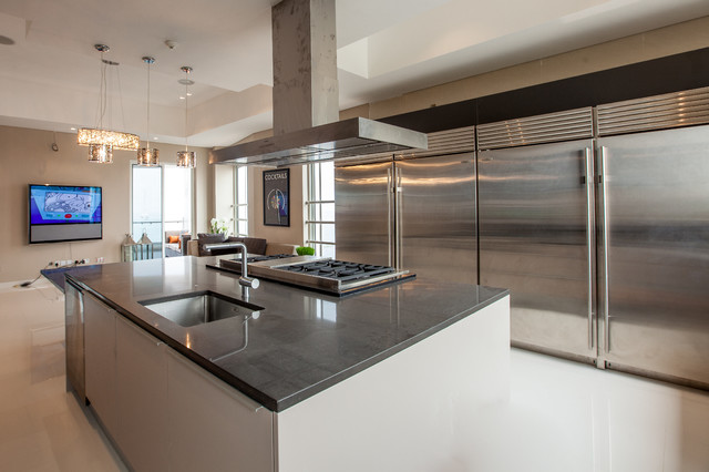 Banana island lagos nigeria for Kitchen cabinets for sale in lagos