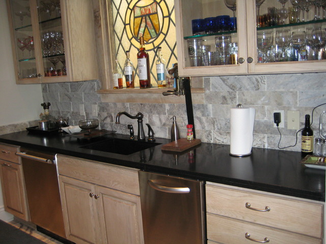 Absolute Black Granite Kitchen : Bar absolute black honed granite traditional kitchen