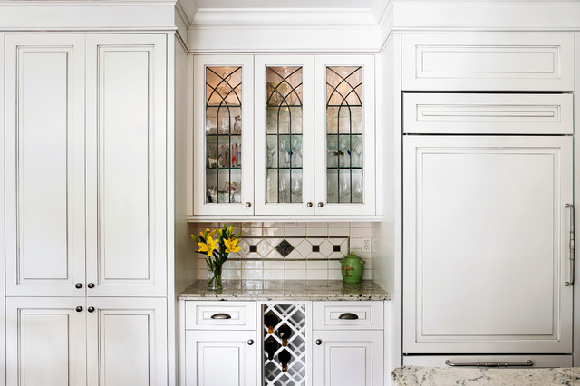 Bar With Custom Leaded Glass Upper Cabinets Traditional Kitchen