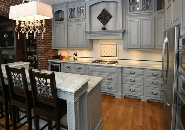 Barber Cabinet Co. traditional-kitchen