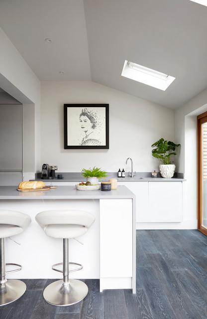 Contemporary kitchen in Essex.