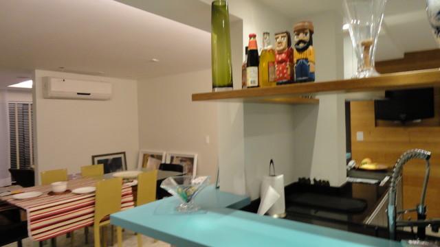 Barra Deck contemporary-kitchen