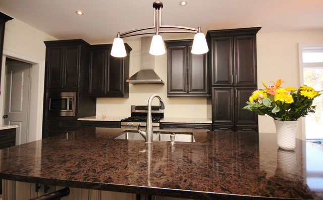 Barrie Residents Traditional Kitchen Toronto By Design Loft At Simcoe Building Centre