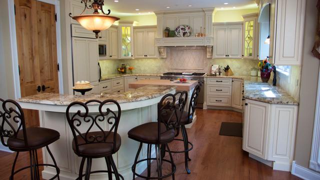 Barrington Kitchen traditional-kitchen