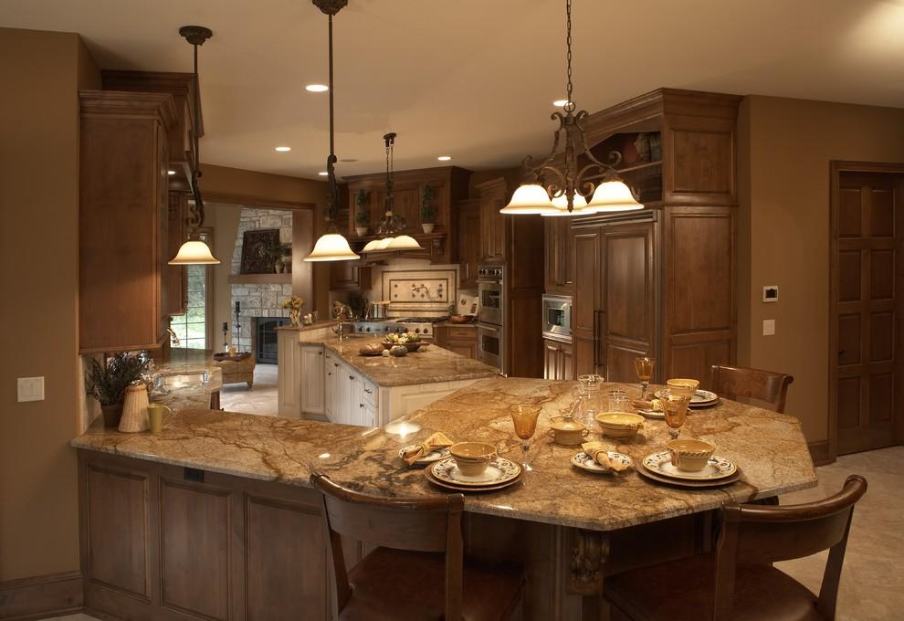 Barrington Manor - Traditional - Kitchen - Milwaukee - by ...