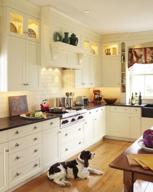 Barrington ri kitchen traditional kitchen