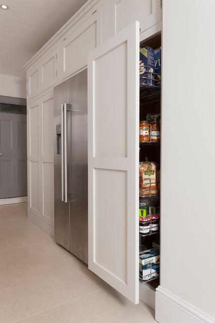 Battersea Handleless - Kitchen - london - by Higham Furniture