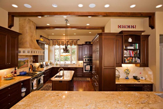 Bay area beamed ceiling in kitchen design with desk for Kitchen design 60035