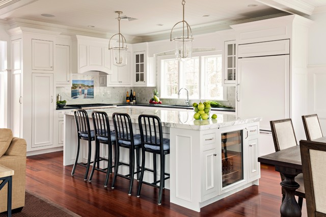 Bay view for Traditional kitchen equipments