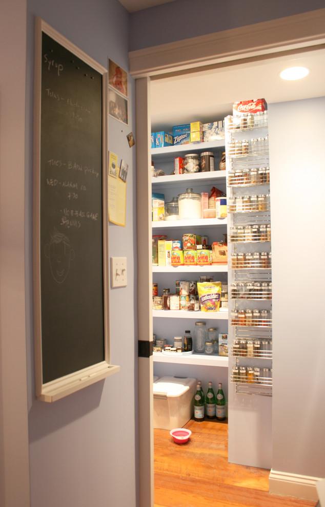 Trendy kitchen photo in Boston