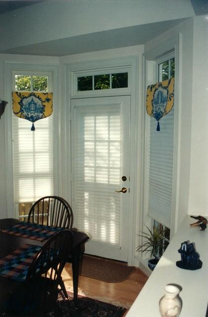 Kitchen Bow Windows : Bay windows bow corner oh my