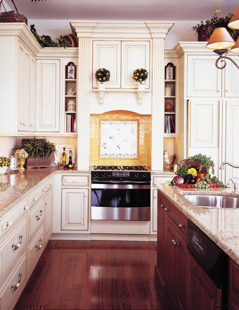 Bayview victorian traditional kitchen other by for Traditional victorian kitchen designs