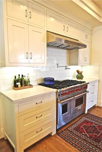 Beach House traditional-kitchen