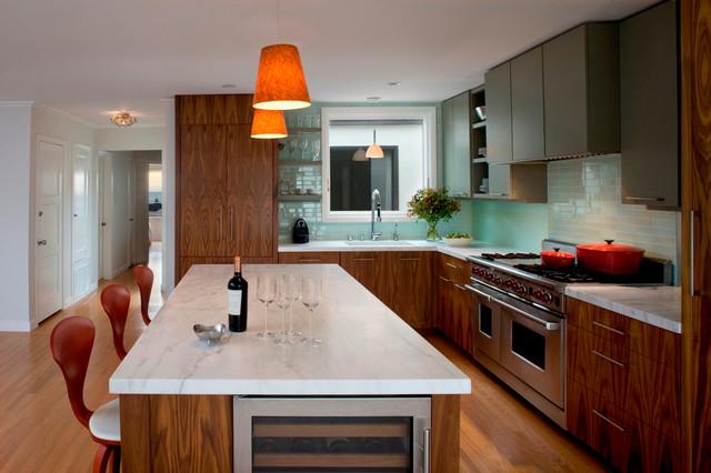 Beach Side modern-kitchen