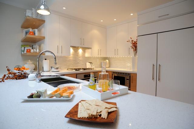 Beaches kitchen contemporary-kitchen