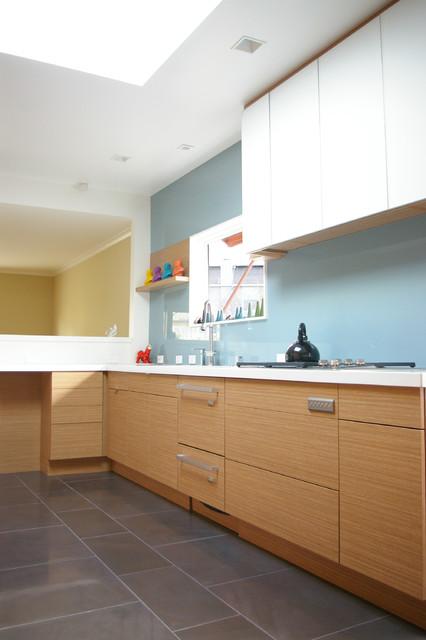 Beachmont modern-kitchen