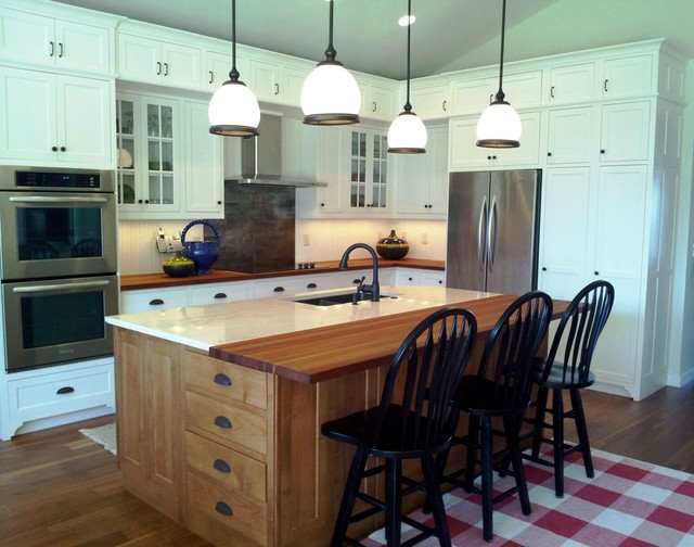 Beadboard Accents traditional-kitchen