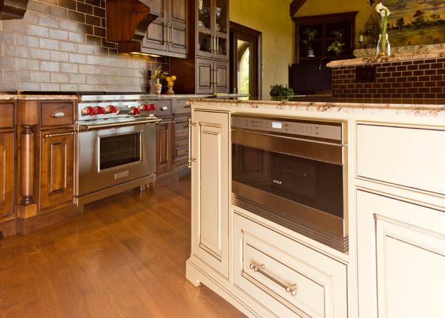 Beaded inset Cabinetry traditional-kitchen