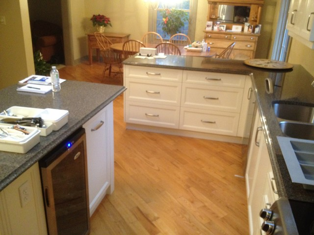 Bear traditional-kitchen-cabinets