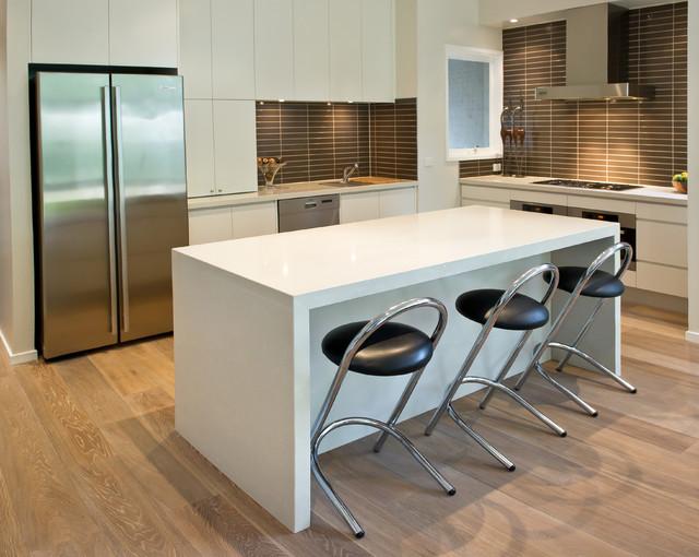 Beaumaris kitchen modern kitchen melbourne by for Modern kitchen updates