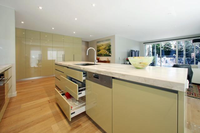Beaumaris Contemporary Kitchen Melbourne By