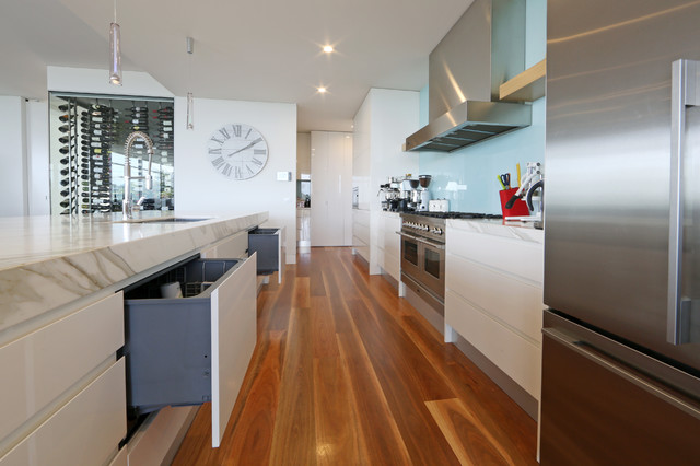 Beaumaris Contemporary Kitchen Melbourne By