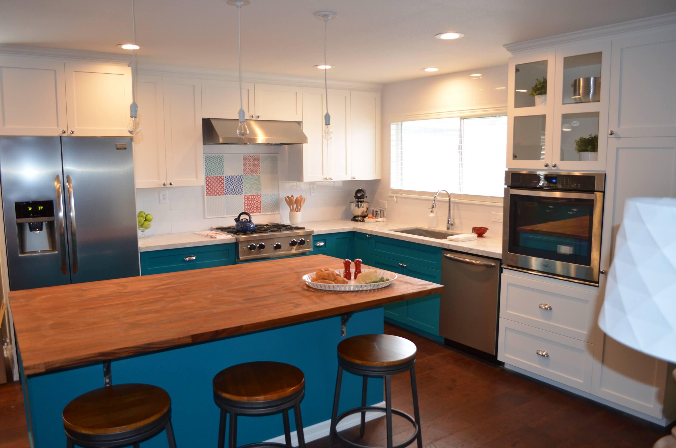 """Beautiful Baker's Kitchen"" Series Premier ""America's Most Desperate Kitchens"""