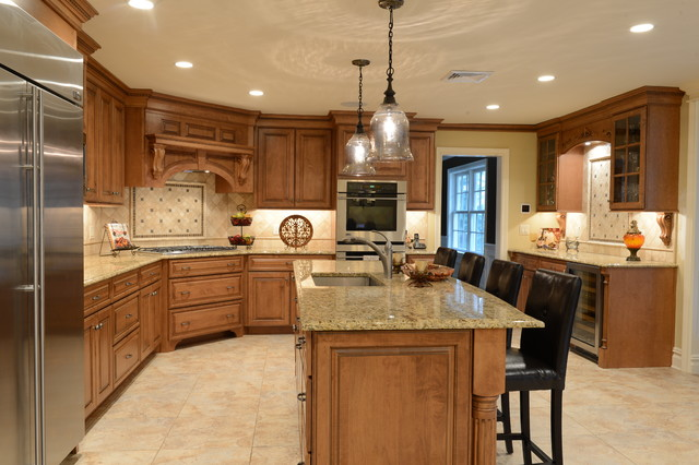 Beautiful Maple With A Stain Glaze Finish Italian Granite