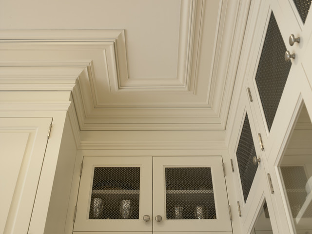 Beaux Arts Residence - Crown/Ceiling Plate Detail traditional-kitchen