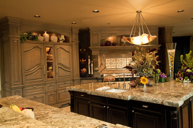 Beaver Lake Estates Residence Traditional Kitchen