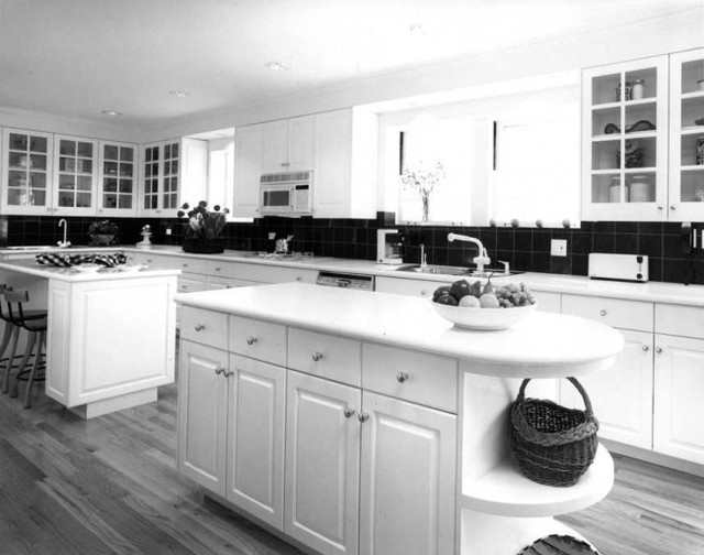 Becker Architects traditional-kitchen