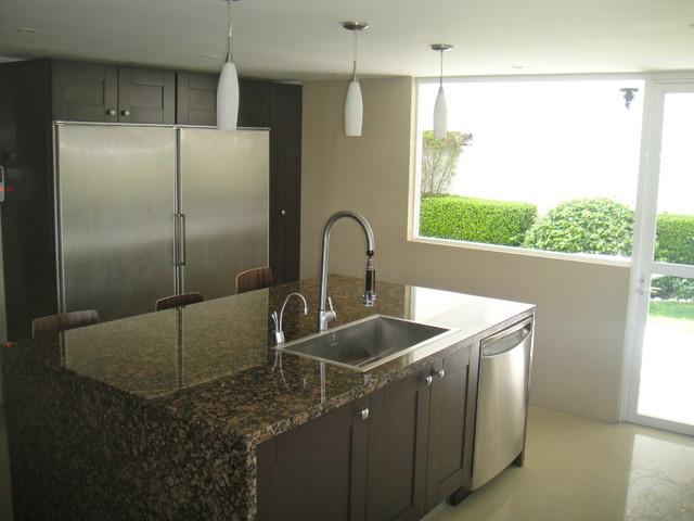 Becky Saadia modern-kitchen